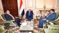 الرئيس هادي يوجه بوقف التصرف بأراضي ومحميات جزيرة سقطرى
