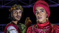 """أول ممثلة سعودية على المسرح مع رجل..""""صدفة وصدمة"""""""