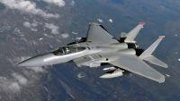 طيران التحالف يستهدف تعزيزات عسكرية للحوثيين في البيضاء