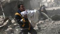 """سكان الغوطة الشرقية """"ينتظرون الموت"""" مع استمرار القصف"""