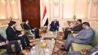 الرئيس هادي يشيد بالدعم التركي لليمن في مختلف المجالات