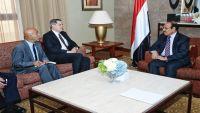 الفريق محسن يناقش مع السفير الأمريكي الأزمة اليمنية والأخير يؤكد دعم بلاده للشرعية