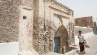وزير الثقافة يتهم مليشيا الحوثي بالتورط بتهريب كثير من القطع الأثرية