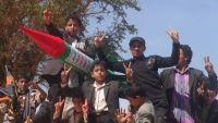 مسؤول حكومي: رسوم الحوثيين المالية على الطلاب تدفعهم للتجنيد الإجباري