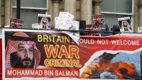 """""""وصمة عار"""" هكذا وصف معارضون بريطانيون اتفاقيات الشراكة بين بريطانيا والسعودية (ترجمة خاصة)"""
