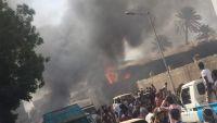عدن .. انفجار هائل يستهدف منشأة عسكرية للحزام الأمني وسقوط قتلى وجرحى