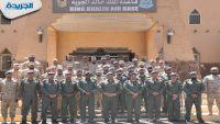 قائد القوة الجوية الكويتية يتفقد القوات المشاركة في اليمن