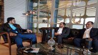 قيادي حوثي يؤكد لقاءات وفد جماعته مع السعودية