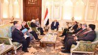 هادي يستقبل المبعوث الأممي الجديد والأخير يعرب عن تفاؤله في تحقيق السلام