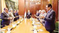 وكالة: الحكومة الشرعية قيد الإقامة الجبرية بالرياض