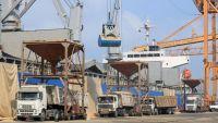 الأمم المتحدة تصعد بهدوء تفتيش سفن المساعدات لليمن