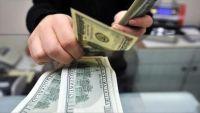 فرض رسوم على التحويلات المالية يزيد الضغوط على الوافدين في الكويت