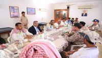 بيان حكومي: ما جرى في سقطرى من قبل الإمارات غير مبرر والخلاف مع أبوظبي لم يعد مخفيا