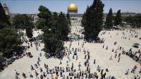 120 ألفا يؤدون الجمعة الأولى من رمضان في الأقصى