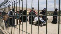 الكويت تقرر ترحيل اللاجئين اليمنيين والسوريين بحجة انتهاك قانون الإقامة