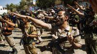عمران .. الحوثيون يفشلون في استقطاب العسكريين المنقطعين للقتال معهم