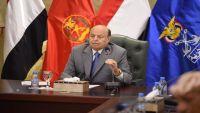 الرئيس هادي: المؤسسة العسكرية مقبلة على مرحلة حاسمة لتطهير ذاتها من الفساد