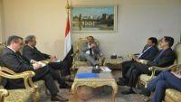 سفير فرنسا لدى اليمن يصل صنعاء ويلتقي بوزير خارجية حكومة الحوثي