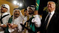 """""""سي ان بي سي"""": ضربة موجعة لترامب.. حلفاؤه في السعودية لن يغرقوا سوق النفط"""