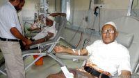 الكويت تتكلف بتجهيز وتوفير المحاليل الطبية لمركز الغسيل الكلوي في المحويت