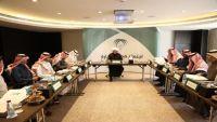 إيقاف سبعة إعلاميين رياضيين سعوديين