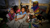 منظمة أنقذوا الطفولة :معارك الحديدة تهدد ملايين الأطفال اليمنيين بالموت جوعا