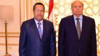 حميد الأحمر: إقالة بن دغر مخالفة للمبادرة الخليجية