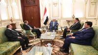 هادي يحث الحكومة على تحقيق الأهداف الخمسة للمواطنين