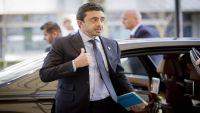 ابن زايد يغادر حفل السفارة العُمانية غاضبا.. ما السبب؟ (شاهد)