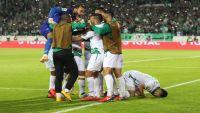 الرجاء يتوج الكرة المغربية بكأس الاتحاد الأفريقي (شاهد)