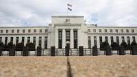 كيف يتأثر قوت الخليجيين بقرارات البنك المركزي الأميركي؟