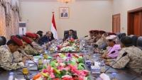الرئيس هادي يوجه برفع تقرير متكامل عن قصف الحوثيين لقاعدة العند