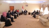 مسؤول تركي رفيع المستوى يزور عدن ويلتقي رئيس الوزراء
