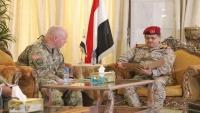 الملحق العسكري الأمريكي: استهداف قيادة الجيش بالعند يقوض عملية السلام في اليمن