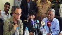 الحوثيون يحتجزون رئيس البعثة الأممية بالحديدة ويمنعونه من مقابلة وفد الحكومة