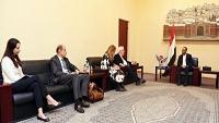 ضمن مساعي إنقاذ اتفاق الحديدة.. غريفيث يلتقي المشاط في صنعاء