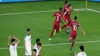 """قطر تروض """"أسود الرافدين"""" وتحجز مكانها بين الثمانية الكبار"""