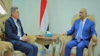 وزير الخارجية يطالب المجتمع الدولي بالضغط على الحوثيين لتنفيذ اتفاق السويد