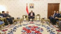 سفير روسيا يزور عدن ويؤكد دعم موسكو لوحدة اليمن وأمنه واستقراره