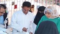 """راح ضحية الكوليرا.. طبيب يمني كان يدرك أنه يكافح وباء """"كارثيا"""""""