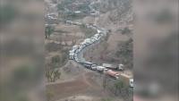 مليشيا الحوثي تُفجر الجسر الرابط بين إب وقعطبة وتتسبب بتوقف حركة السير
