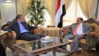 البركاني يطالب فرنسا بالضغط على الحوثيين لتنفيذ اتفاق السويد