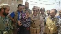 قائد القوات الإماراتية يزور الضالع ومقتل قيادات حوثية في الفاخر