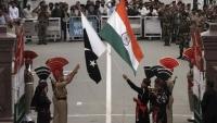 باكستان تعلق خدمة القطارات للهند وتحظر أفلامها بسبب تغيير وضع كشمير
