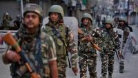 باكستان تتهم الهند باستهداف القرى المحاذية لخط الهدنة في كشمير