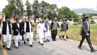 باكستان تتضامن مع كشمير وتحذر الهند من العواقب