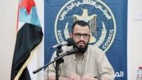 نائب رئيس الانتقالي ينفي إعادة المعسكرات للقوات الحكومية في عدن
