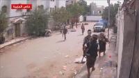 فيديو.. عمليات دهم ونهب نفذتها قوات مدعومة إماراتيا في عدن