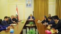 سفراء الدول دائمة العضوية يؤكدون دعم دولهم الكامل للحكومة الشرعية