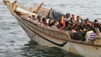 كفاين: قارب يحمل 60 شخصا ما يزال عالقا قبالة سواحل المهرة